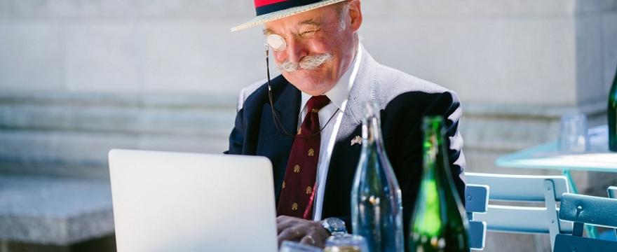 Cyfrowe jest życie staruszka